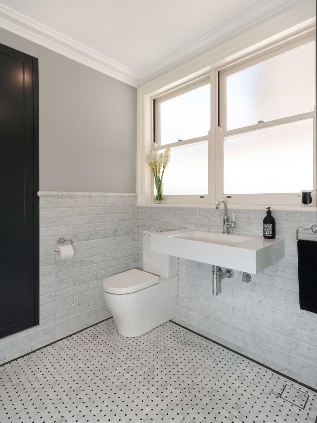 Apartment renovations Sydney classic black and white bathroom after renopack