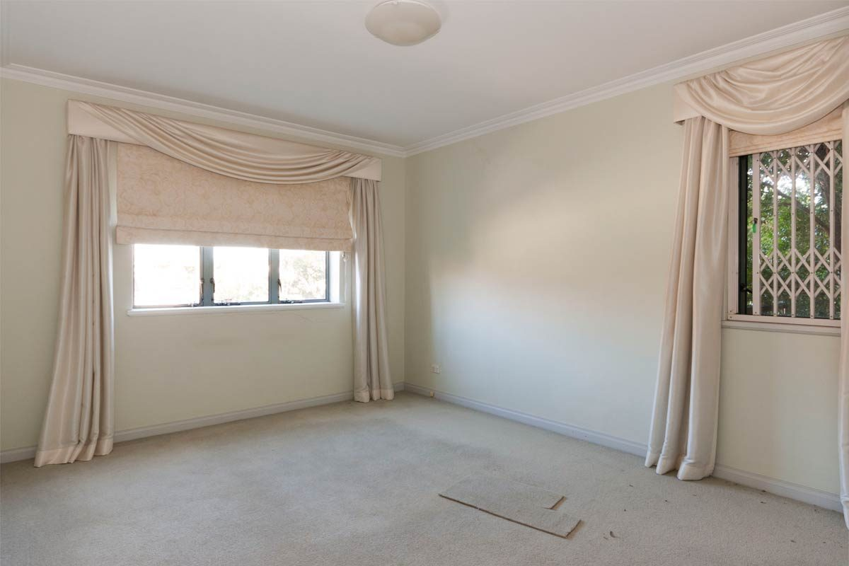 Apartment renovation Sydney Cremorne bedroom before