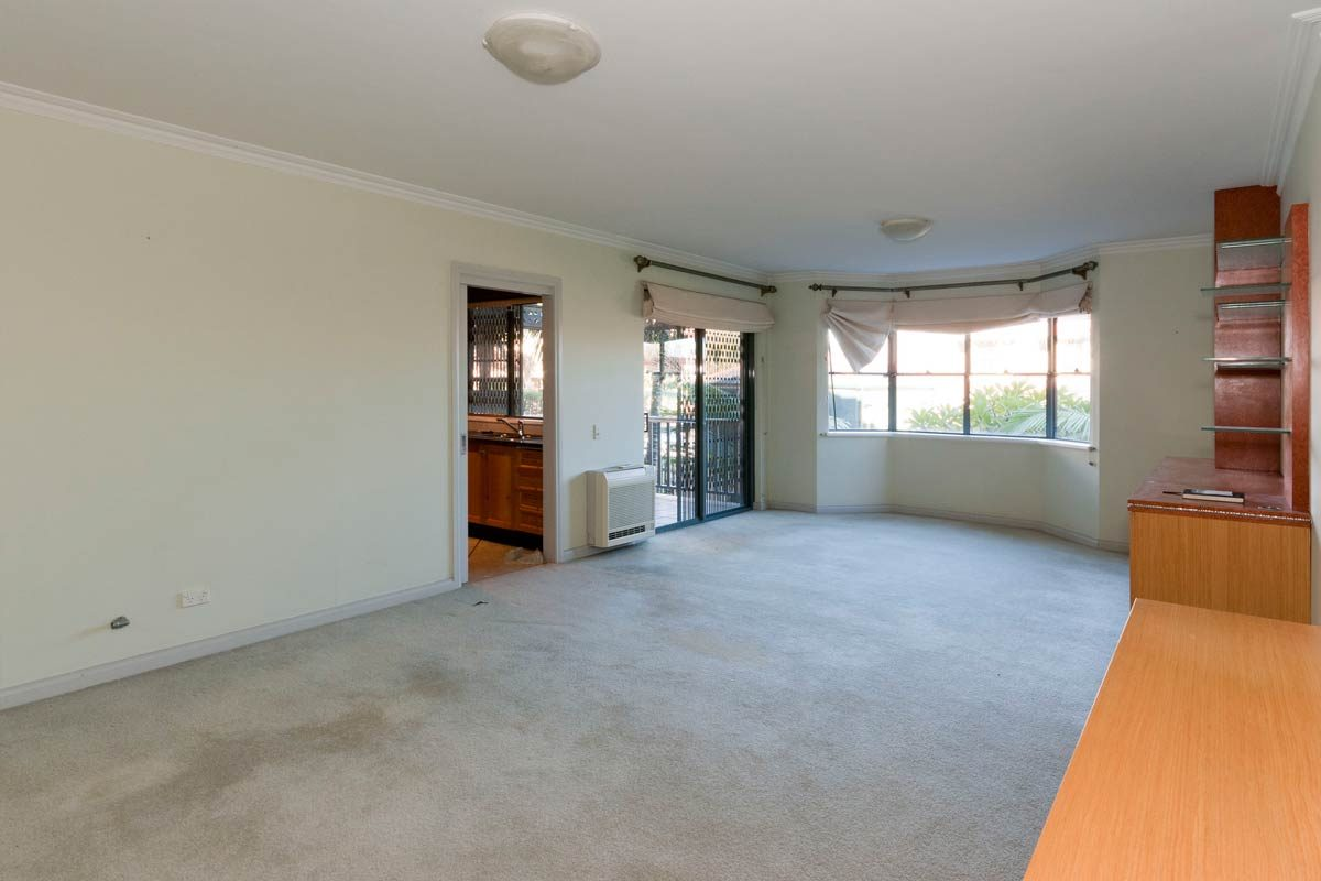 Apartment renovation Sydney Cremorne living before