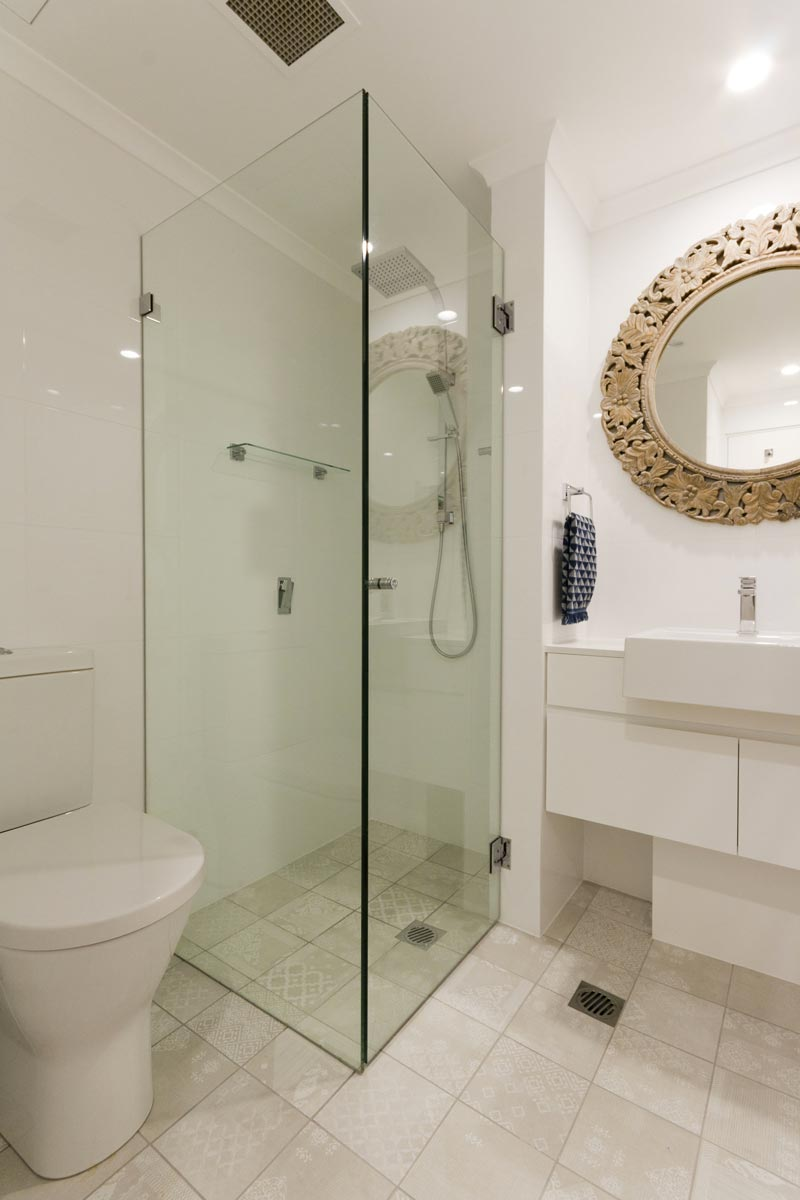 Apartment bathroom renovation at Paddington Sydney by Reno Pack