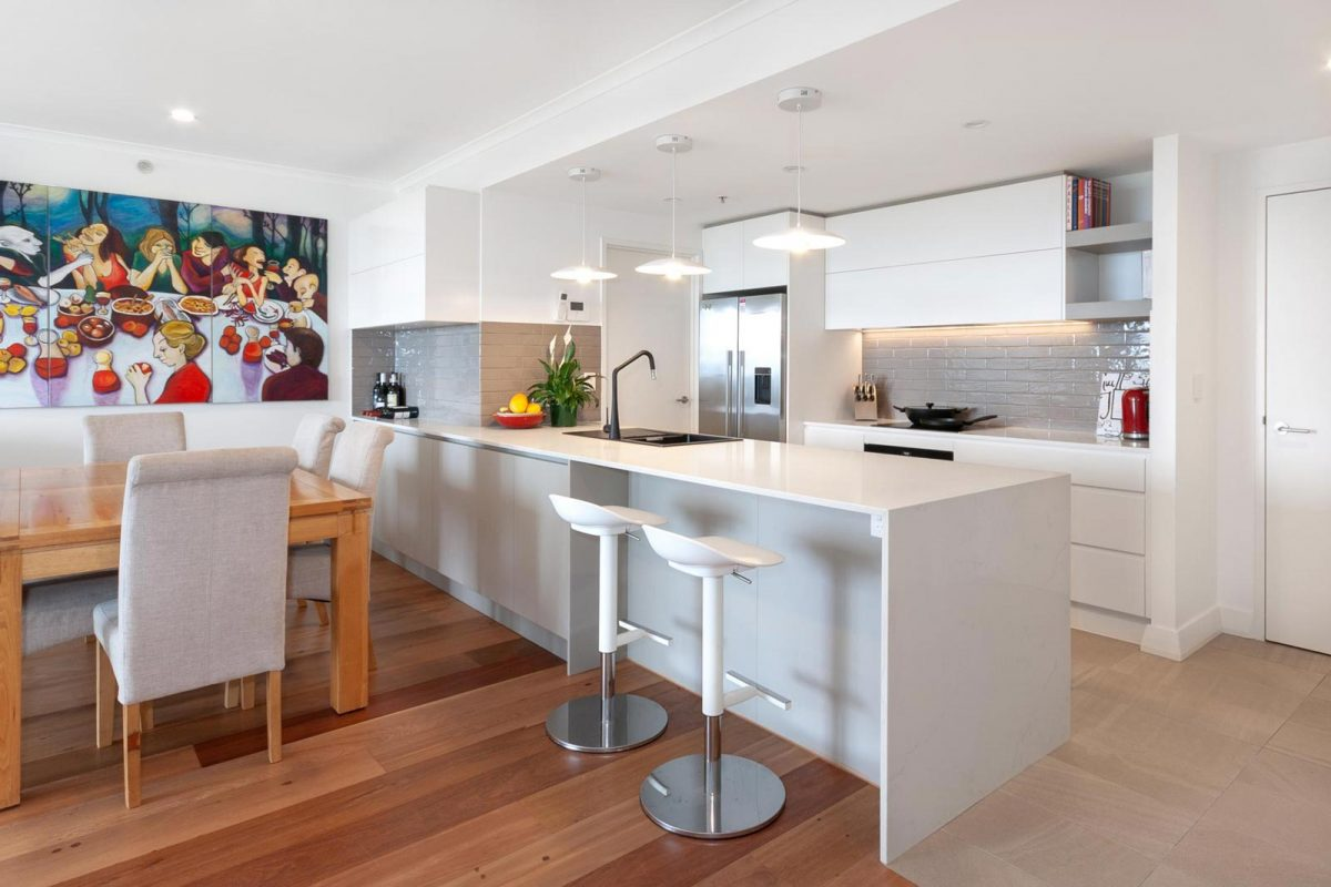 Apartment renovation Sydney Hillsdale kitchen renovation Reno Pack