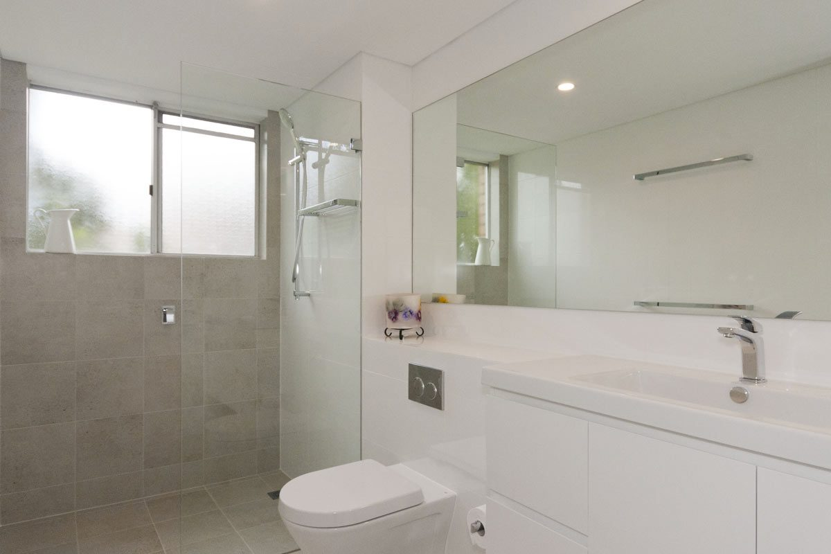 Apartment renovation Sydney, Glebe bathroom renovation by Reno Pack Pty Ltd