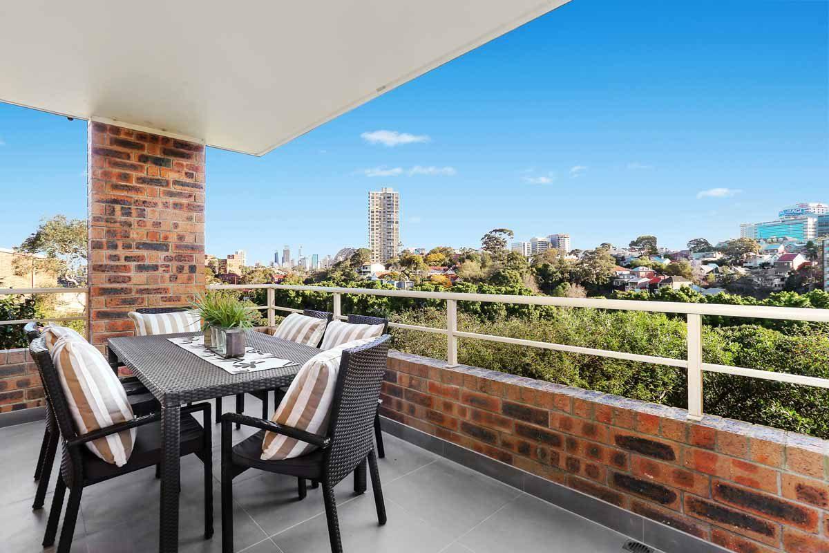 Apartment renovation Sydney unit renovation Neutral Bay balcony by Reno Pack
