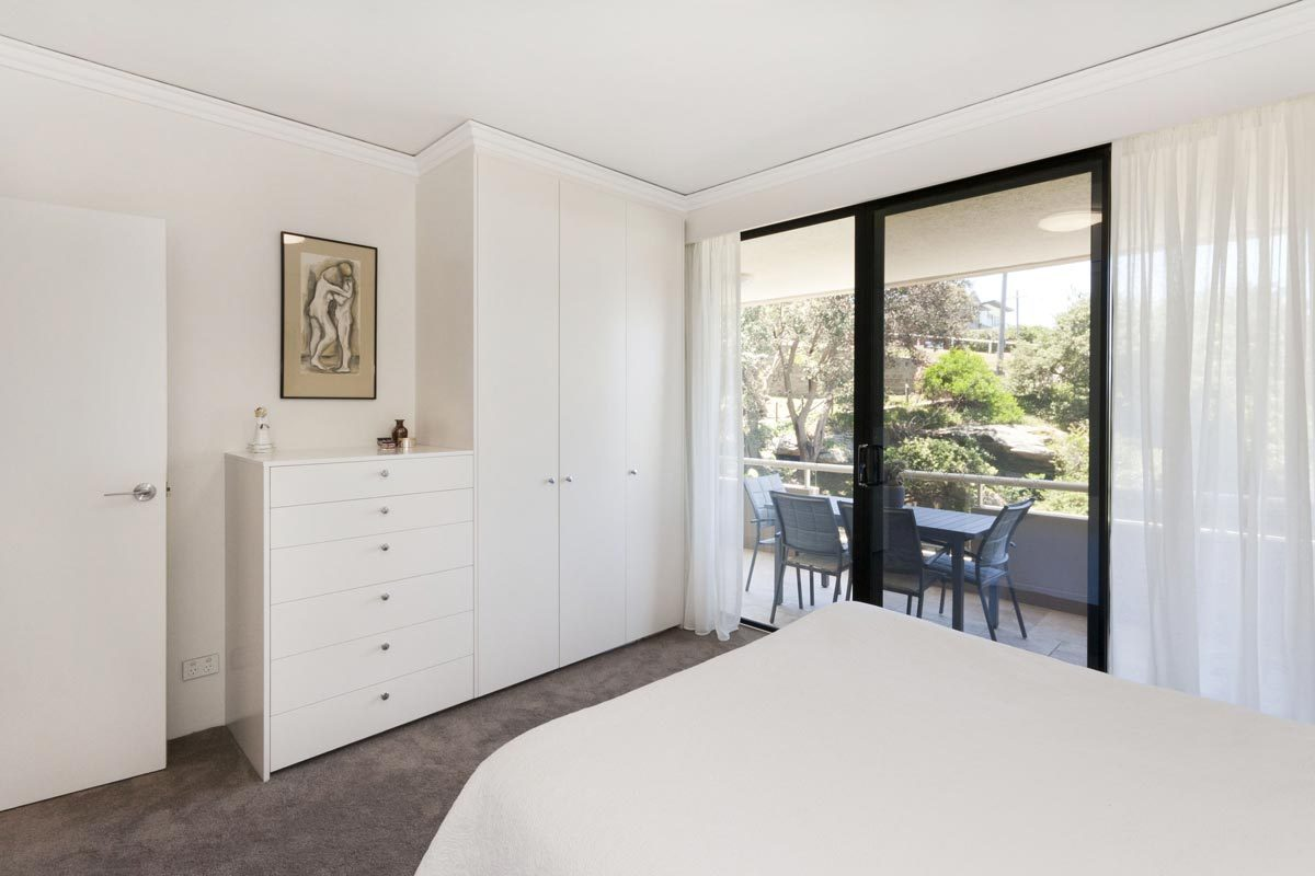 apartment renovation Sydney unit renovation Vaucluse bedroom by Reno Pack